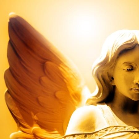Kontakt z duchowymi przewodnikami – Joanna de Angelis